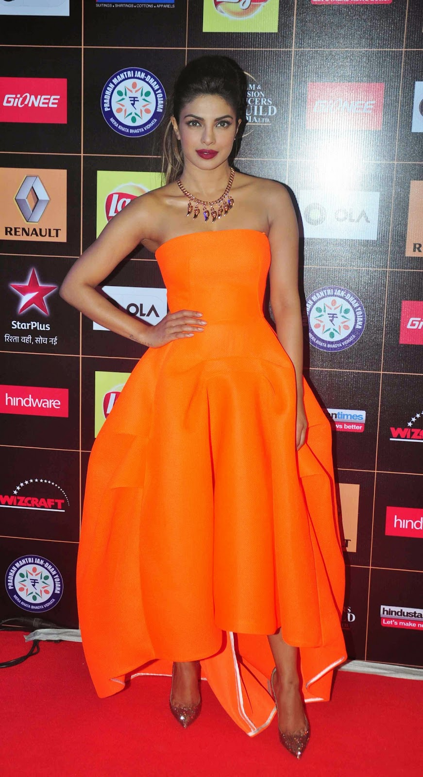 Priyanka_Chopra-Orange-Strapless-Dress