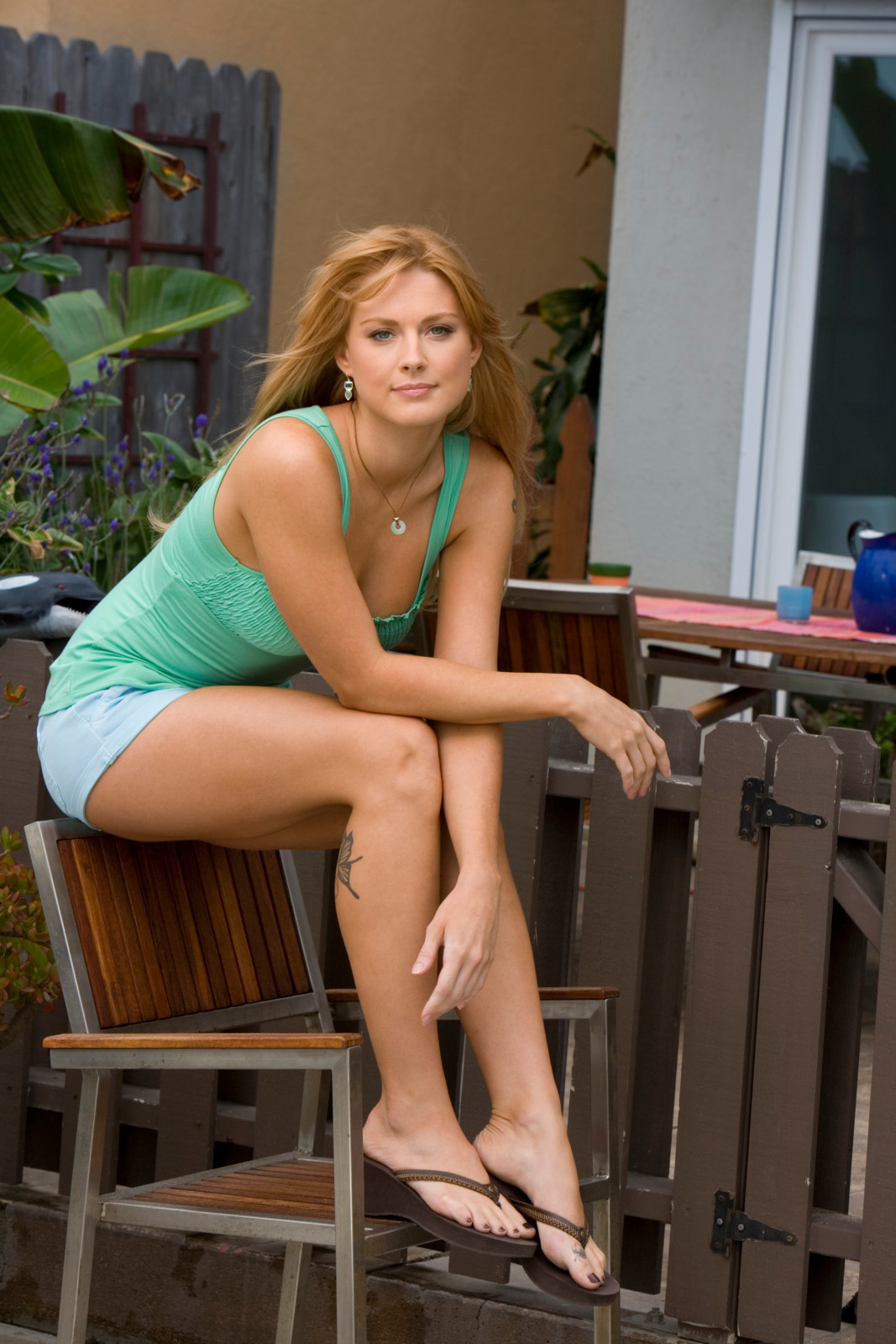 actress and celebrity pictures alexandra breckenridge