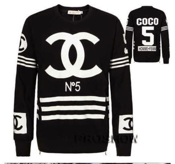 CHANEL No5 OVERSIZED JERSEY STYLE SWEATSHIRT IN BLACK AND WHITE
