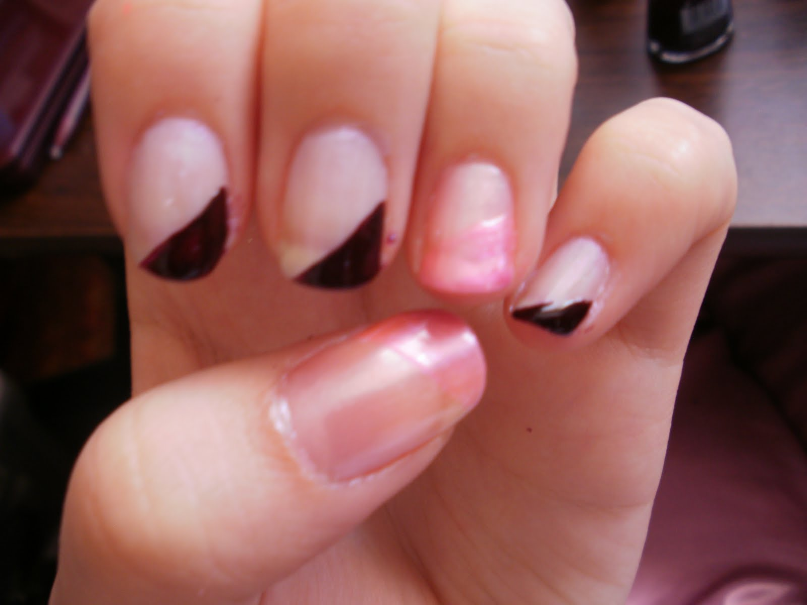 Artistry Nails: August 2011