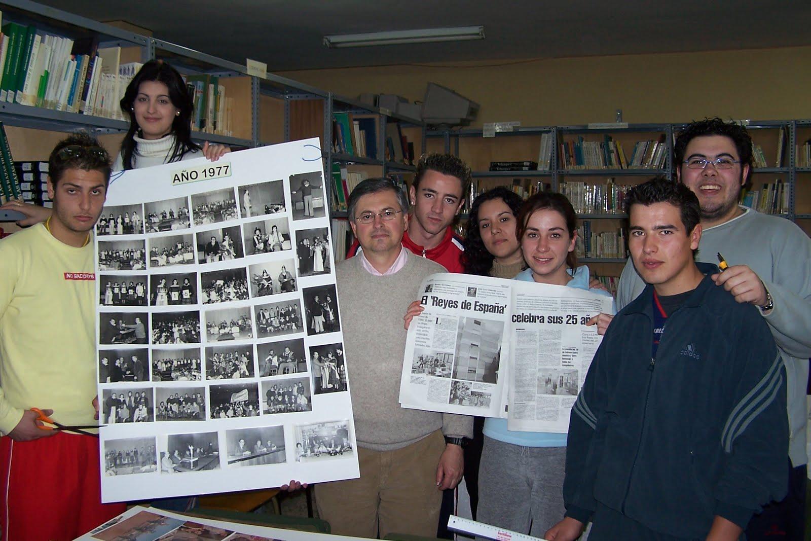 I.E.S. REYES DE ESPAÑA (album de fotos retrospectivas).
