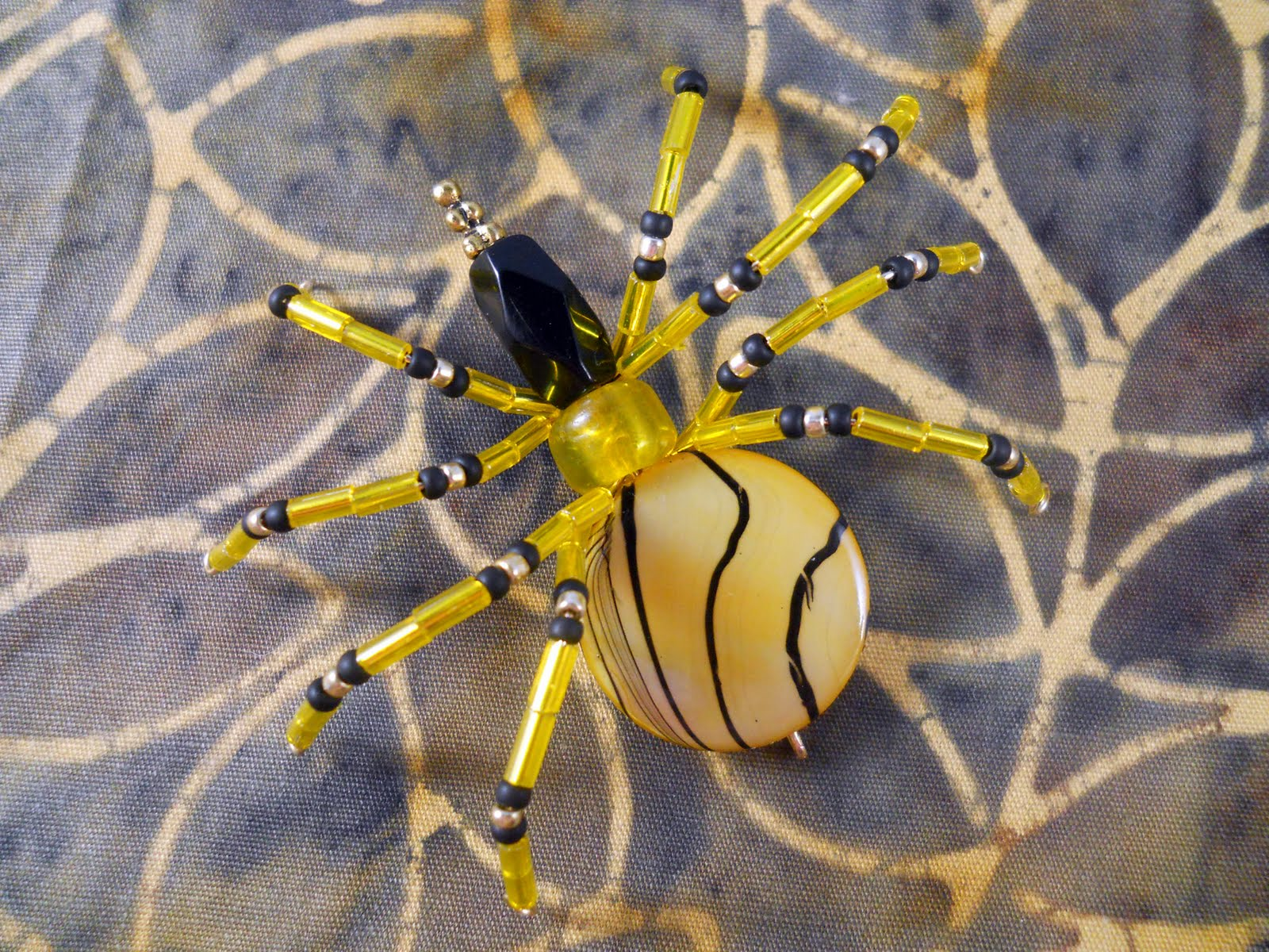 85 Yellow Tiger Spider 365 Spiders