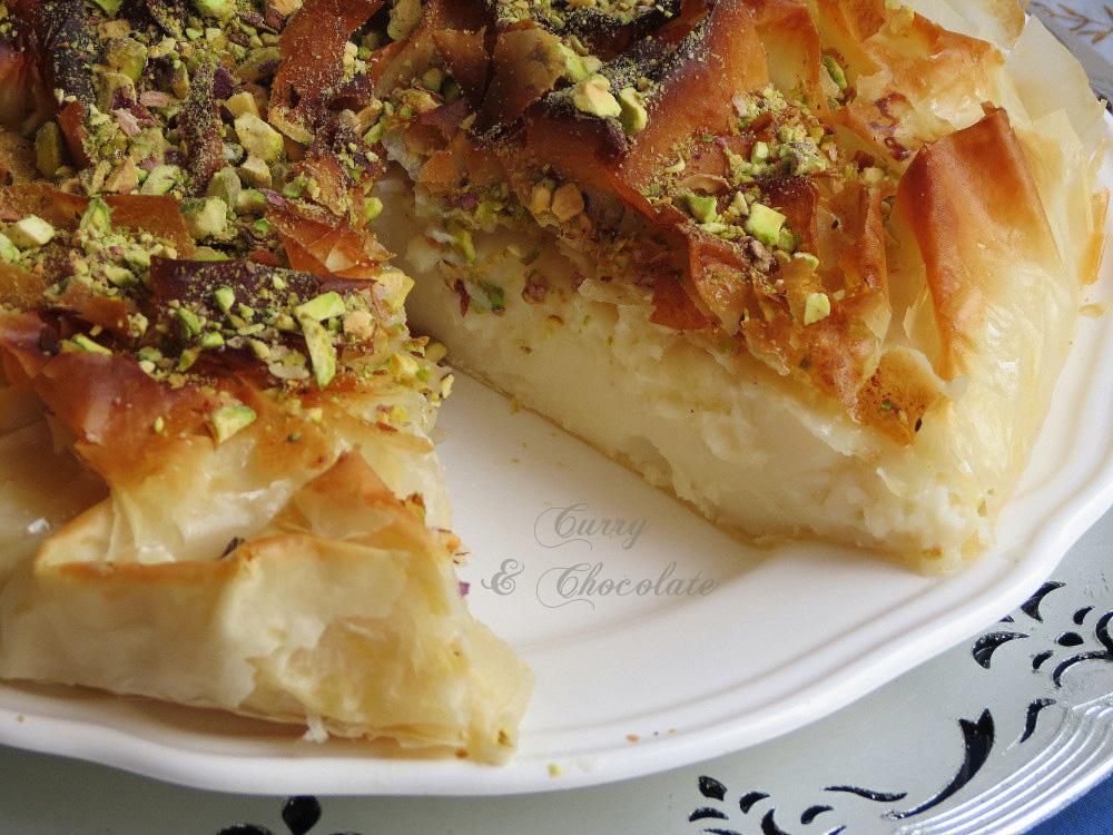 Pastel de leche con pasta filo y almíbar de azahar o Dulce real – Milk phyllo pie