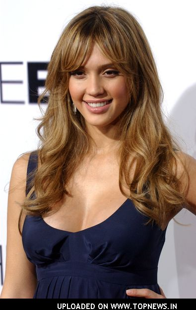 Jessica Alba Romance Hairstyles Pictures, Long Hairstyle 2013, Hairstyle 2013, New Long Hairstyle 2013, Celebrity Long Romance Hairstyles 2069