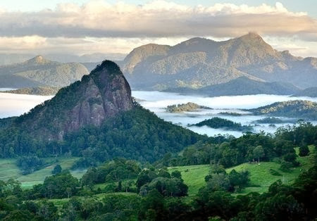 MOUNT WARNING AREA IN NEW SOUTH WALES
