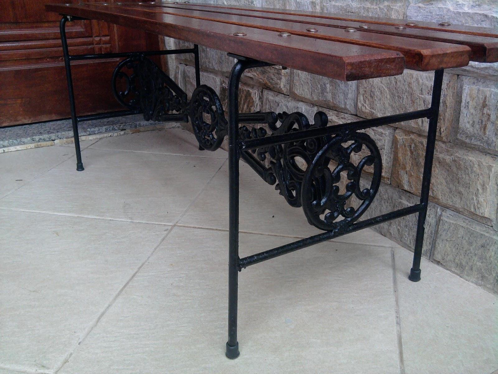 banco de vestiário com adornos de ferro fundido em barra redonda de 1  #5F4342 1600x1200