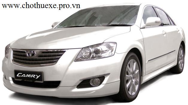 Cho thuê xe 4 chỗ Toyota Camry 2.4 G uy tín chất lượng