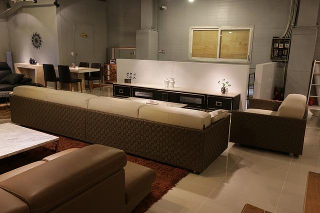 Idee arredamento soggiorno come ammobiliarlo spendendo for Arredamento casa soggiorno