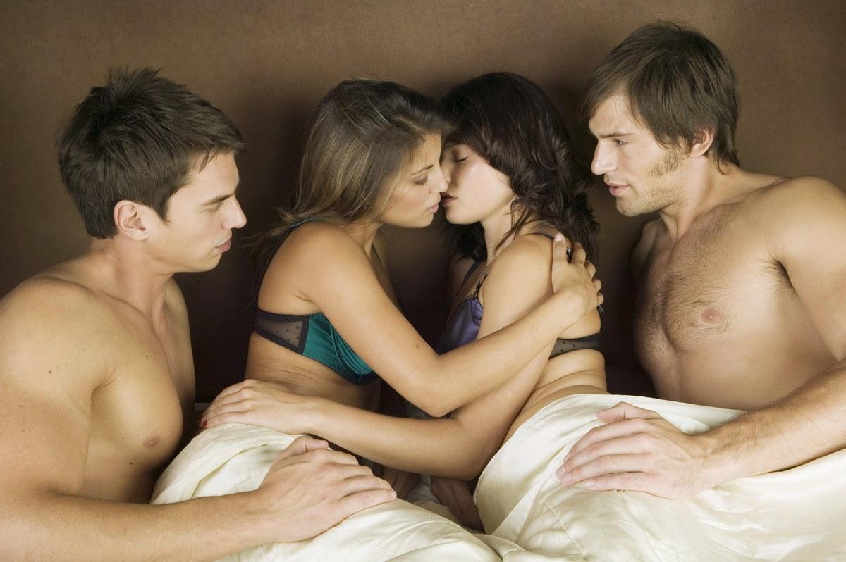 Русское порно 2 девушки ищут парня для секса 22 фотография