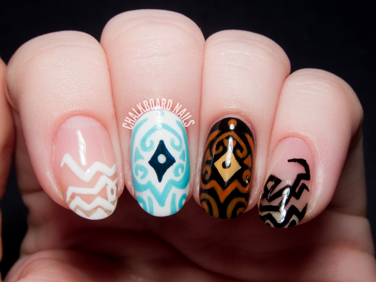 Raava and Vaatu nail art by @chalkboardnails