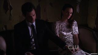 Ден любит Блер, Блер любит Дена, серебряное платье