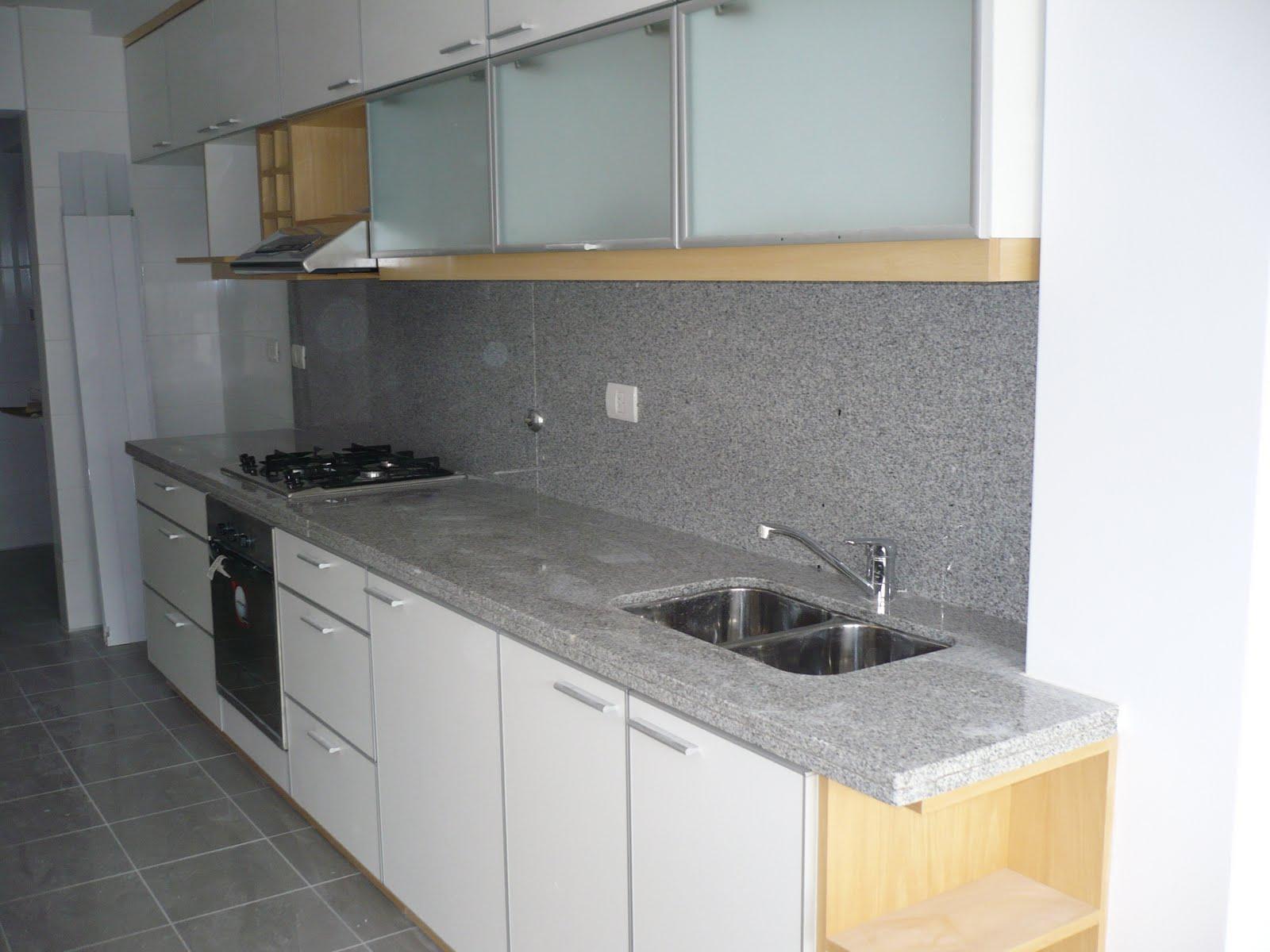 Amobla tu cocina marmoleria for Mesadas de marmol para cocina
