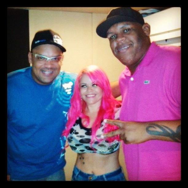 DJ PEZÃO - DJ TOPLESS- MC BOLA