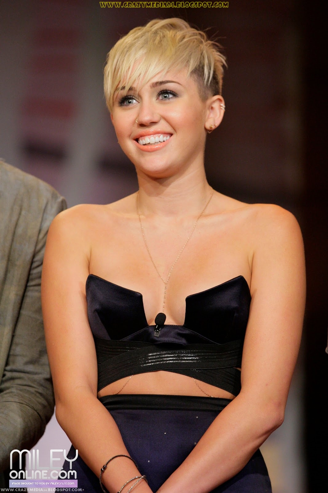 pictures of miley cyru...