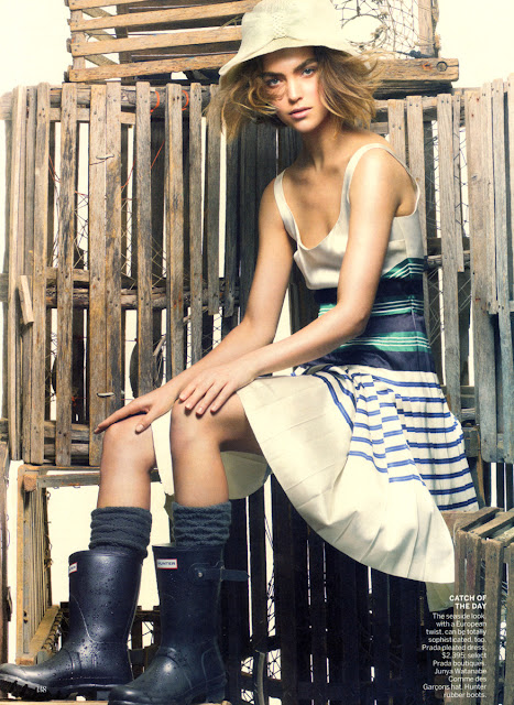 Arizona Muse Vogue Photo Shoot Pics For 2011 June Magazine