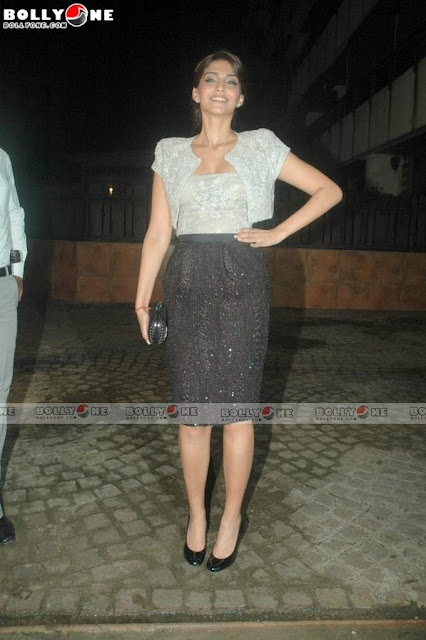 Sonam Kapoor at Speedy Singh Movie Bash