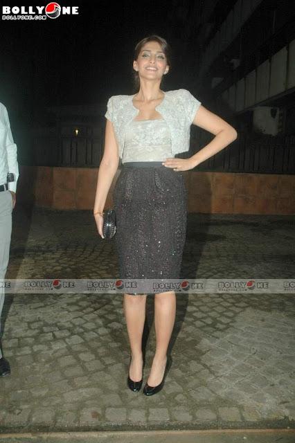 Sonam Kapoor at Speedy Singh Movie Bash