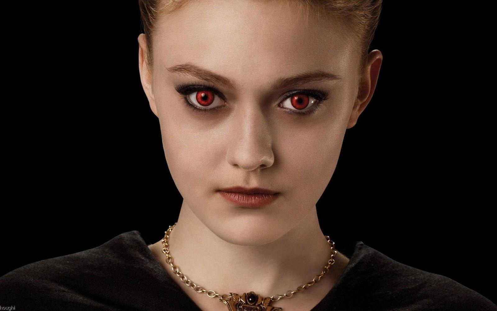 Dakota Fanning as Jane Volturi in Twilight Dakota Fanning