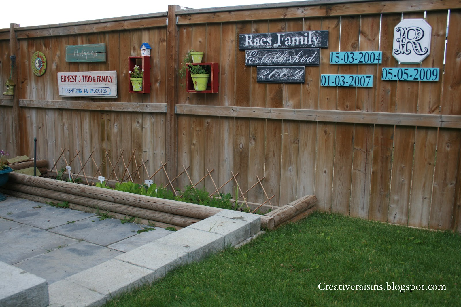 Creative raisins fence love for Decorating your backyard fence