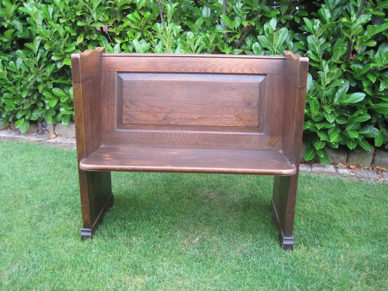 uk architectural antiques church pews in pine and oak for sale. Black Bedroom Furniture Sets. Home Design Ideas