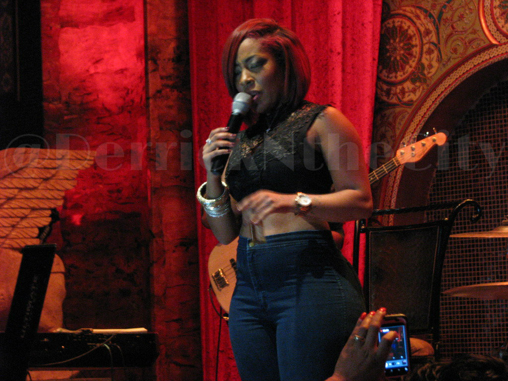 New Video K. Michelle Rocks Alhambra Palace In Chicago