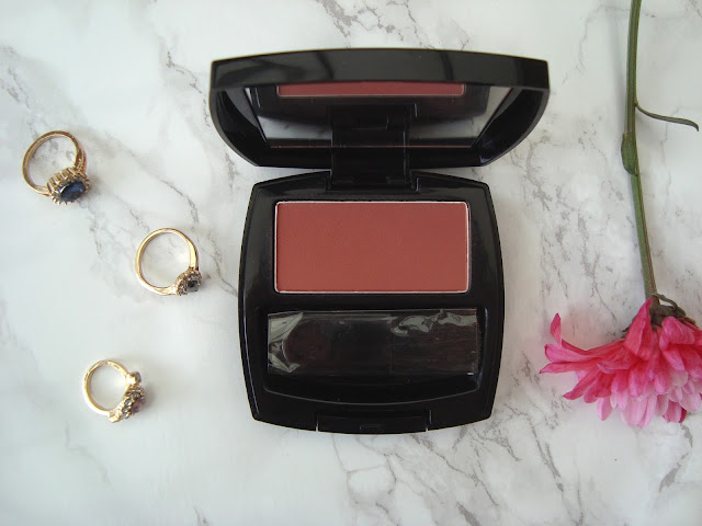 Review // Avon True Colour Blusher in Russet | Hello Teddy