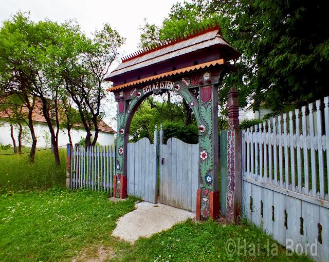 poarta intrare biserica unitariana calnic