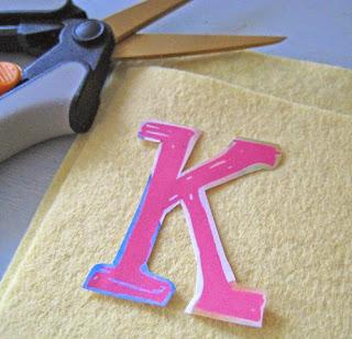 Cómo forrar tapas de libros y/o cuadernos en fieltro