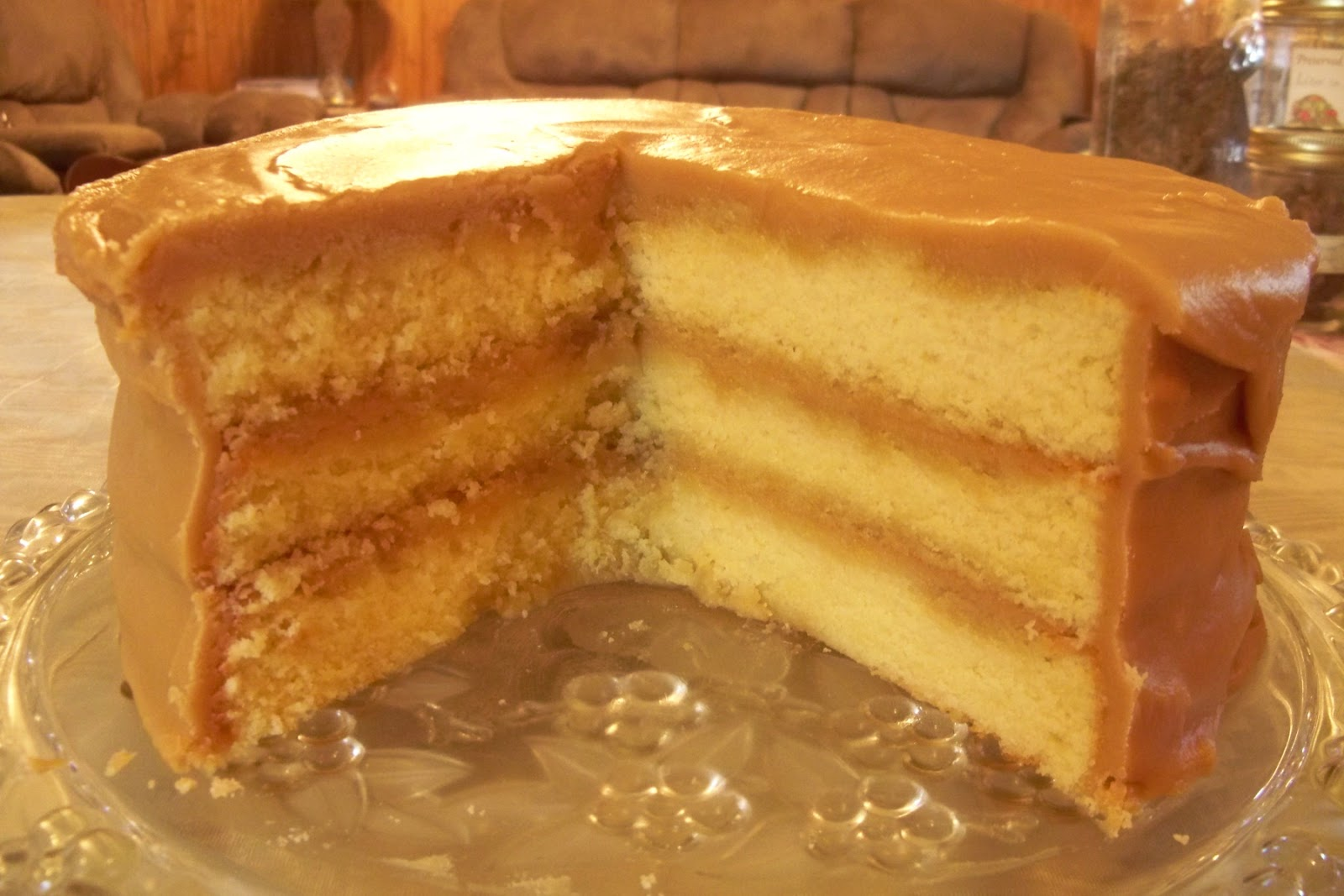 TNfarmgirl: Recipe Review - Caramel Cake!