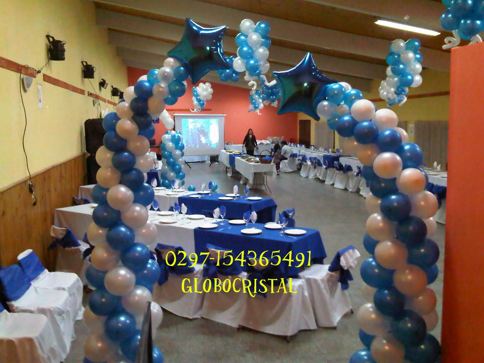 Decoraci n centro asturiano cumple de 18 a os for Decoracion con globos 50 anos