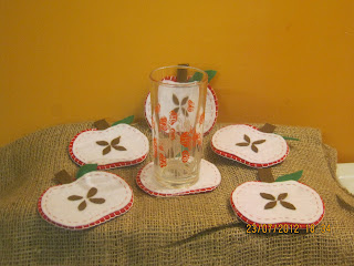 sottobicchieri originali fai da te in feltro - подставки DIY Летняя - DIY Sommer Untersetzer - DIY Summer coasters - apples - Äpfel - яблоки