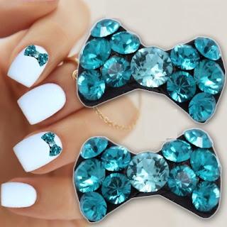 http://www.bijuteriifrumoase.ro/cumpara/cristale-swarovski-saphire-pentru-unghii-bow-tie-u05-8mm-1386