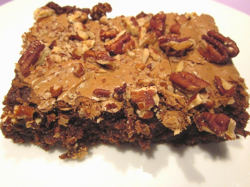 Brownie sans gluten au chocolat et noix de pecan