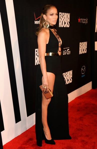 Jennifer Lopez carried a Thalé Blanc clutch