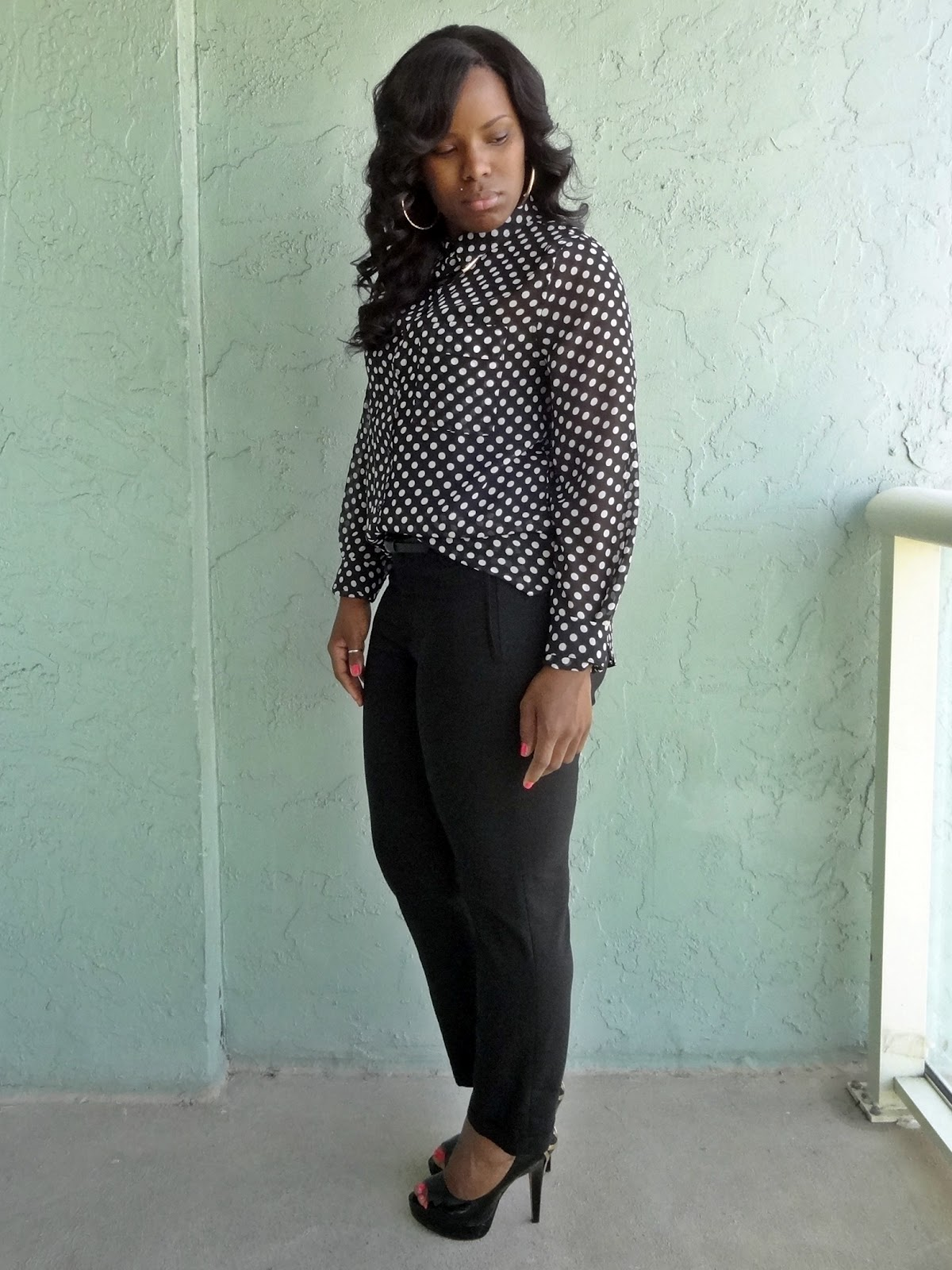 What To Wear With A Black And White Polka Dot Blouse 112