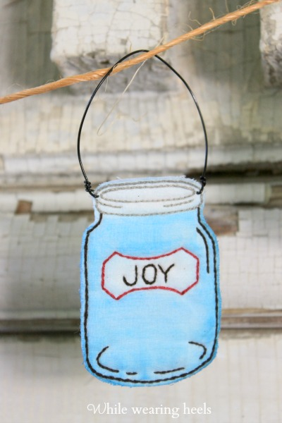 Watercolor Embroidered Mason Jars While Wearing Heels: Watercolor Embroidered Mason Jars - 웹