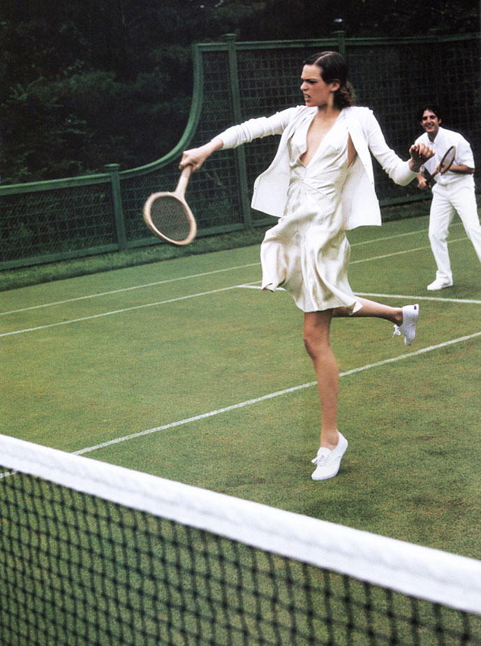 Elise Crombez in American Splendour | Vogue US November 2003 (photography: Arthur Elgort)