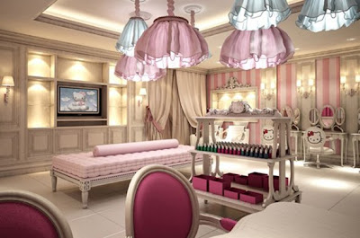 World's First Hello Kitty Spa In Dubai - Massage bed