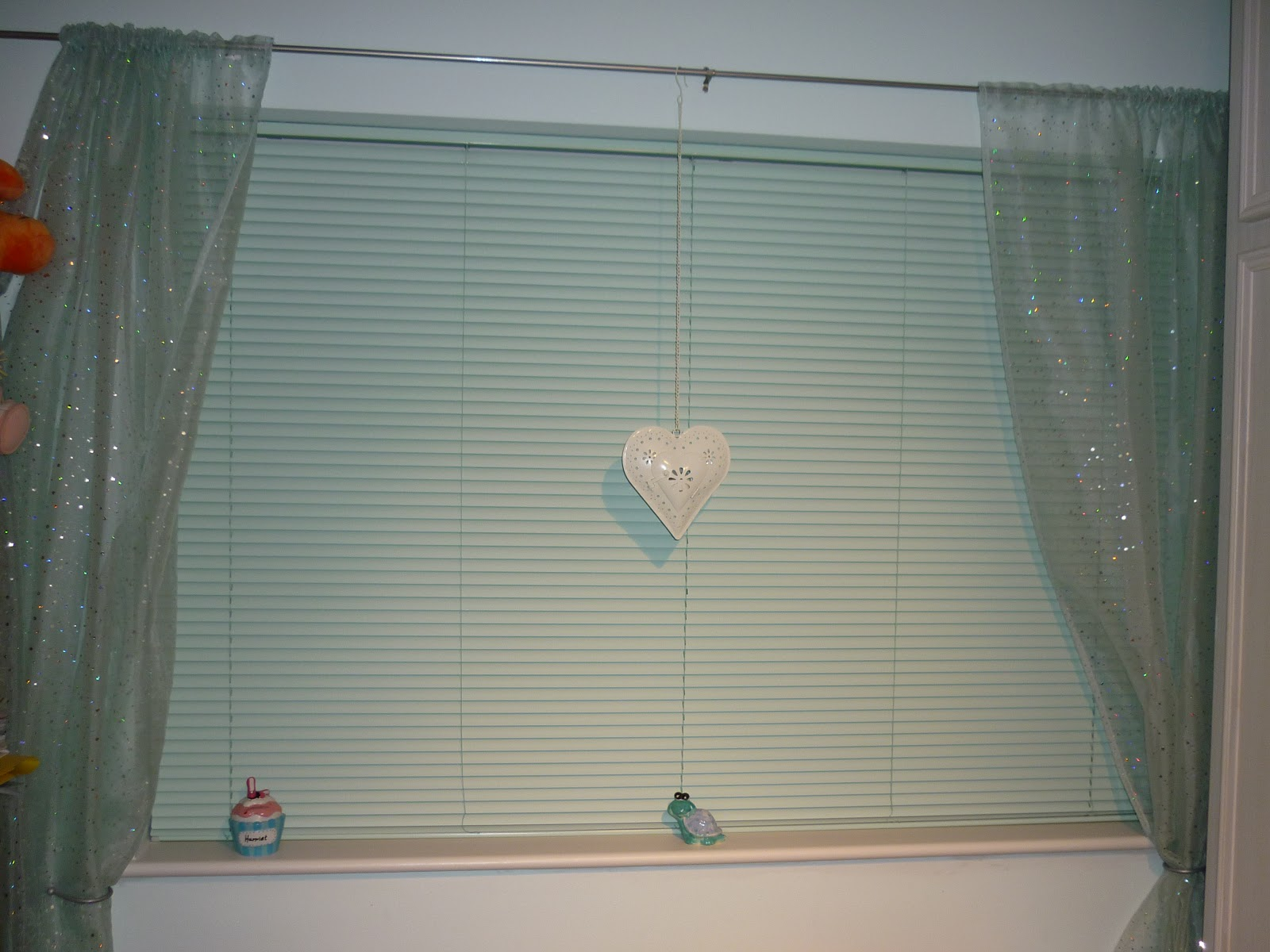 Kelloggsreviews modern blinds create privacy i have used hillarys blinds before to fit roller black out blinds and the excellent service i had from them 10 years later hasnt changed a bit solutioingenieria Images