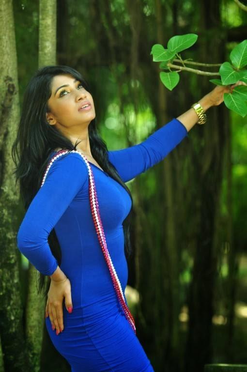 Aksha Sudari sexy blue