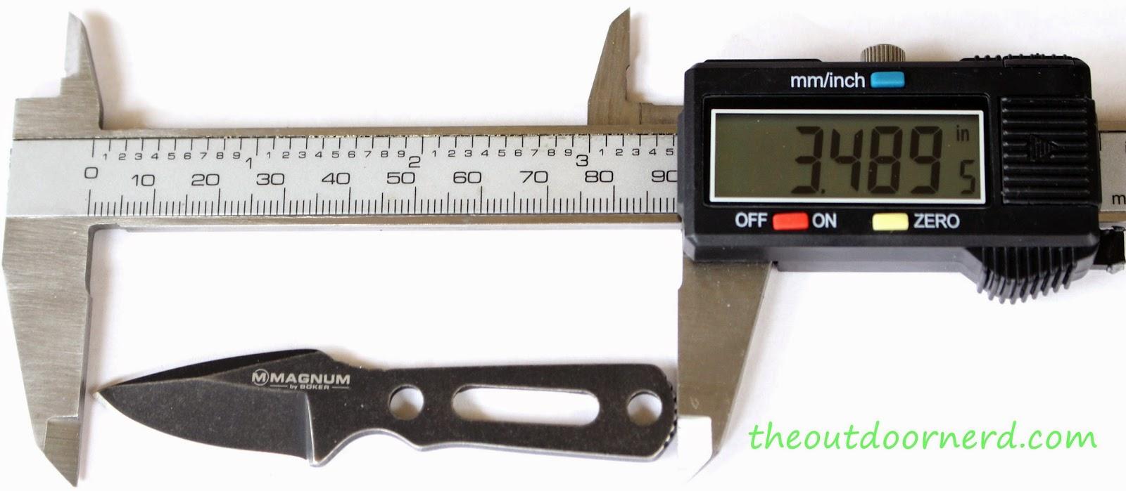 Boker Magnum 'Lil Friend' Arrowhead: Caliper Measurement 2