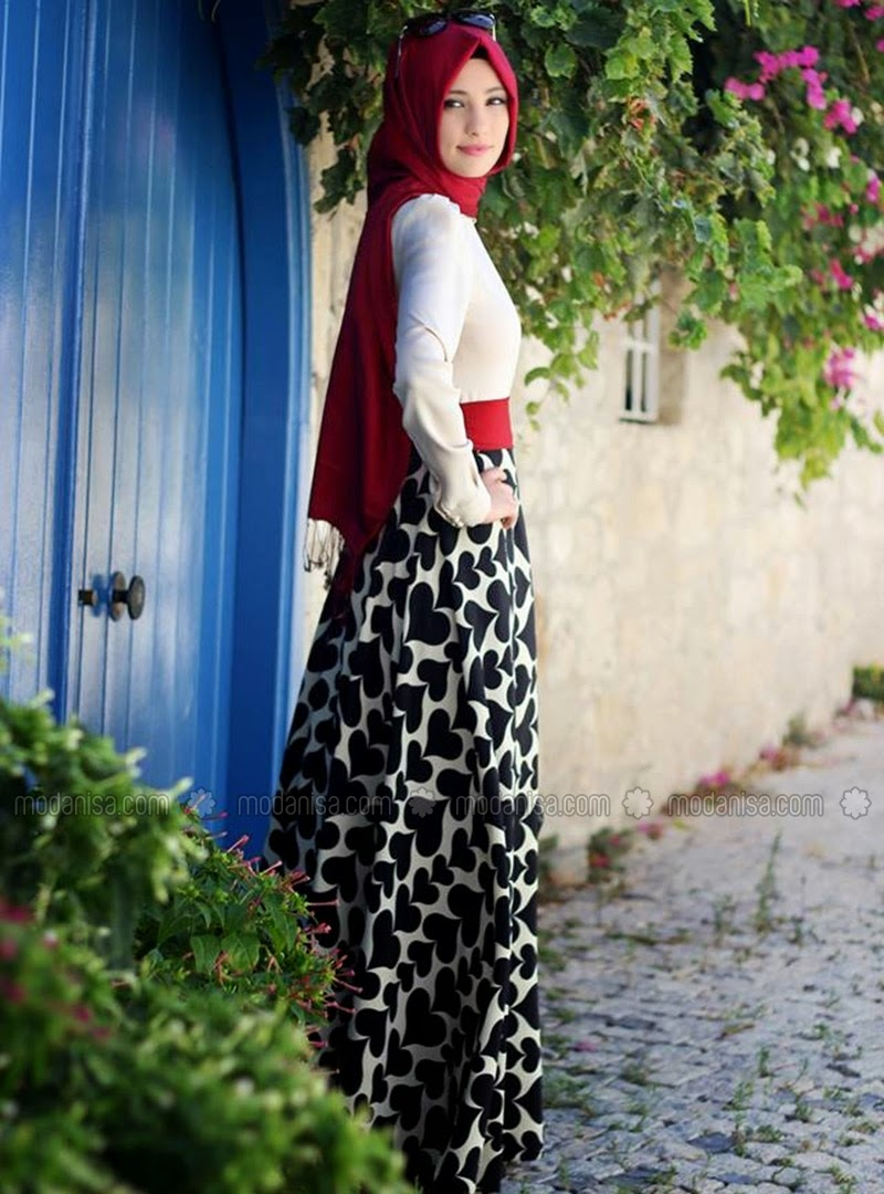 Robe-hijab-noire-2015