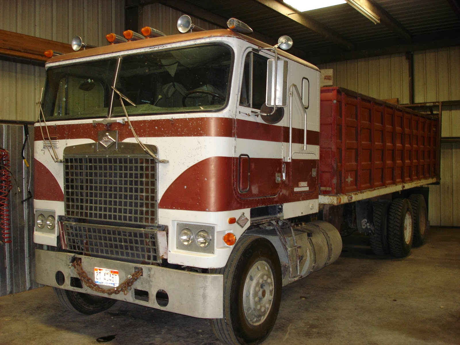 Diamond reo cabover restoration sciox Image collections