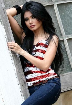 Karina Ranau - Cantik dan Sexy