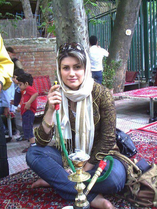 Collection of Beautiful Arabian Girls Photos: cute Arab ...