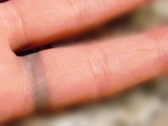 Do Silver Rings Turn Your Finger Green