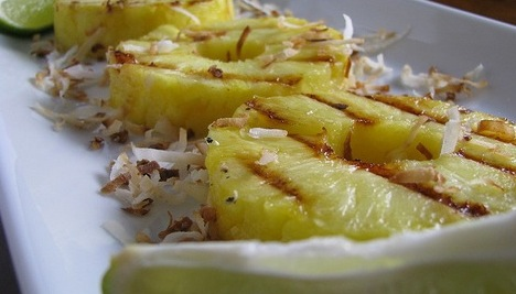 bbq pineapple with coconut