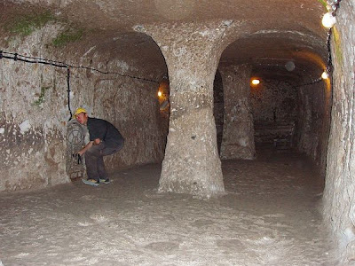 أحد عجائب الدنيا :- مدينة تحت الأرض تتسع لـ 30 الف شخص فى تركيا 277443248_91819c5494