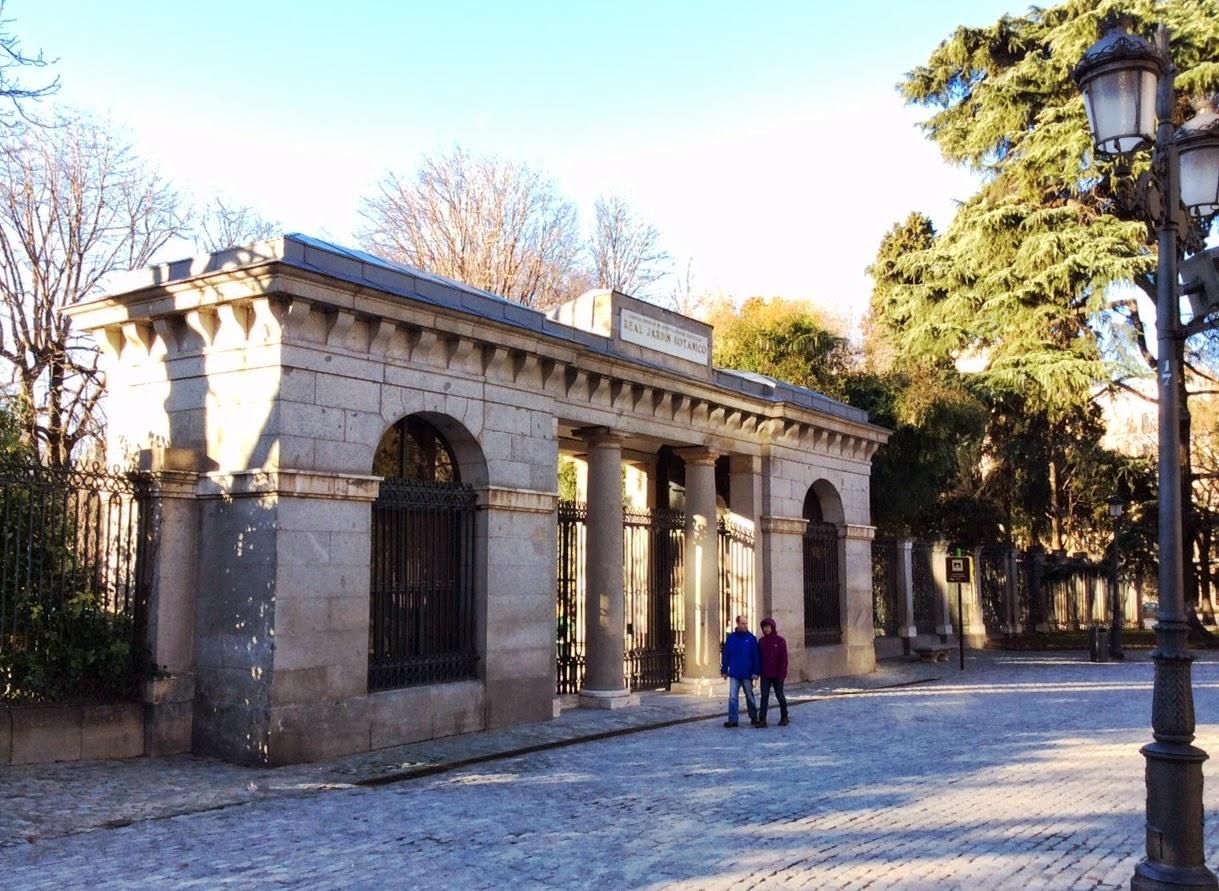 Pasi n por madrid la puerta norte del jard n bot nico for Anales del jardin botanico de madrid