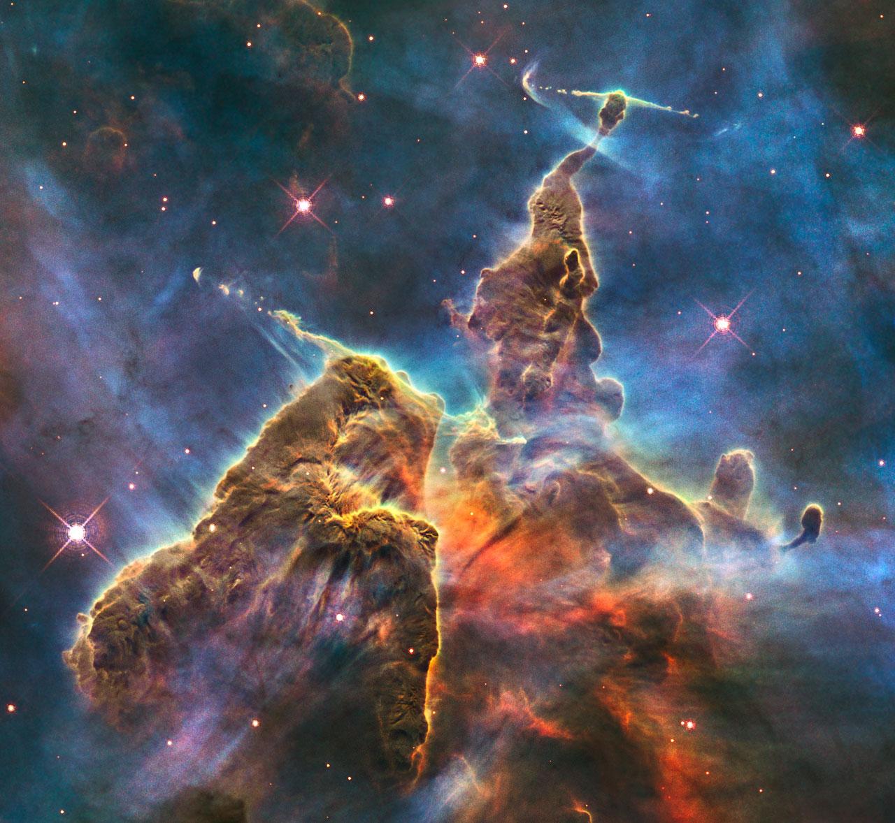 Resultado de imagen de Los vientos estelares en las Nebulosas conforman extrañas figuras